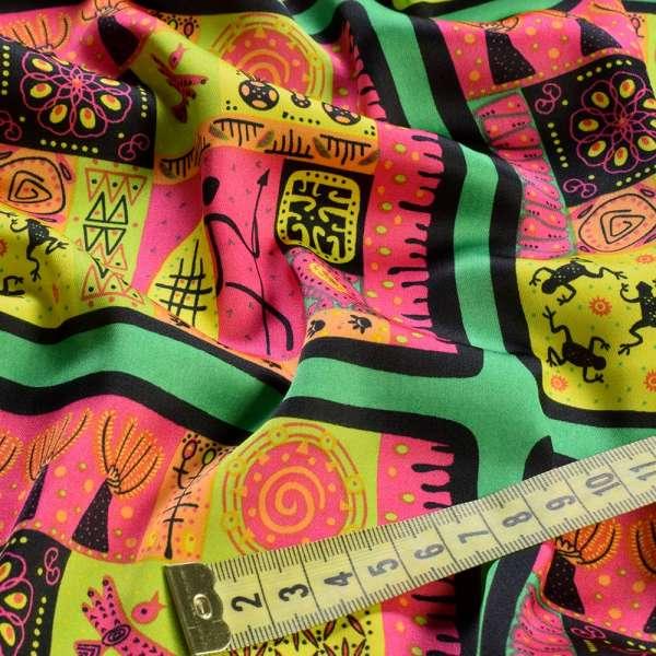 Шелк японский зеленый в желто-малиновые африканские мотивы, ш.150 оптом