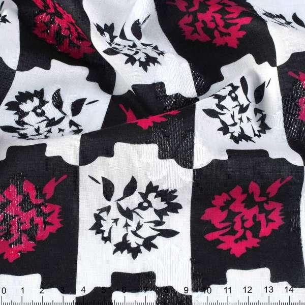 Батист деворе с метанитью черно-белая клетка, малиновые цветы ш.140 оптом