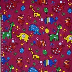 Микровельвет малиновый с жирафами и слониками ш.112 оптом