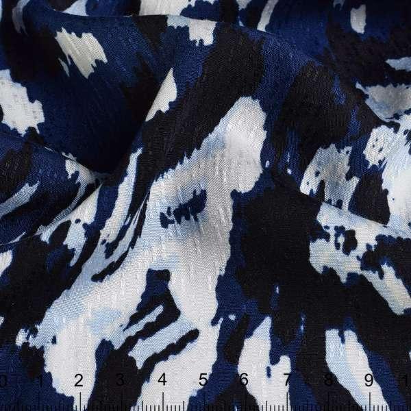 Вискоза рельефная черно-сине-белые разводы ш.146 оптом