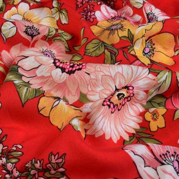 Вискоза красная в желтые, розовые вьющиеся цветы, ш.145 оптом
