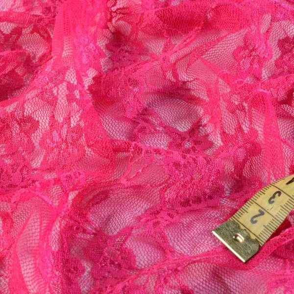 Гипюр стрейч малиновый с вьющимися цветами ш.150 оптом