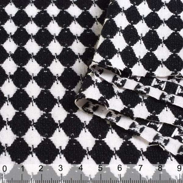 Жаккард бело-черные ромбы ш.148 оптом