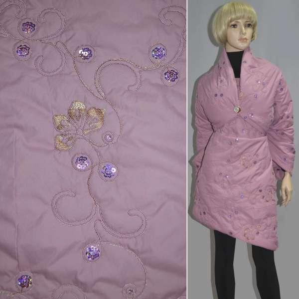 плащевка стег. розовая с вышив. и пайетками, ш.150 оптом