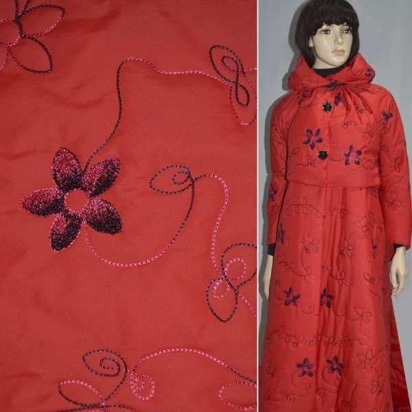 плащевка стег.красная с вышитыми цветами, ш.150 оптом