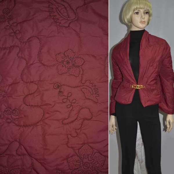 плащевка стег. красная с вышив. и цветами, ш.150 оптом