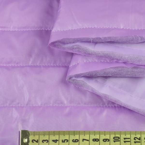 Ткань плащевая стеганая сиреневая на подкладке полоска 5см, ш.150 оптом