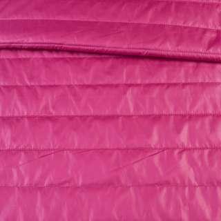 Ткань плащевая стеганая малиновая на подкладке полоска 5см, ш.150 оптом