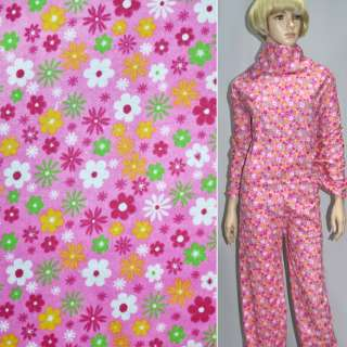 Фланель ярко-розовая с разноцветными цветами ш.110 оптом