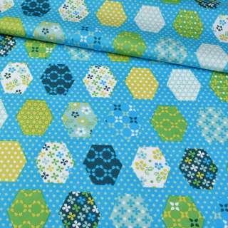 Коттон голубой, салатовые, белые, синие шестиугольники пэчворк, ш.147 оптом