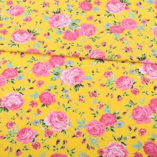 Трикотаж бавовна жовтий, рожеві троянди, зелені листочки, ш.150 оптом