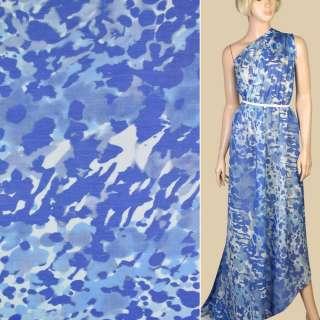Шелк с хлопком белый в сине-голубые акварельные цветы, ш.140 оптом