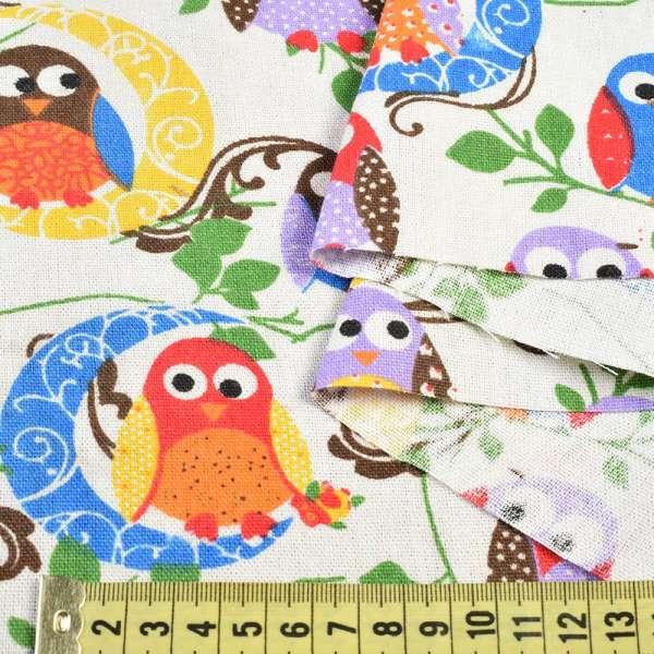 Деко-лен молочный в разноцветные совы, ш.150 оптом