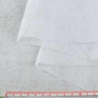Флизелин неклеевой (спанбонд) белый, плотность 20, ш.160 оптом