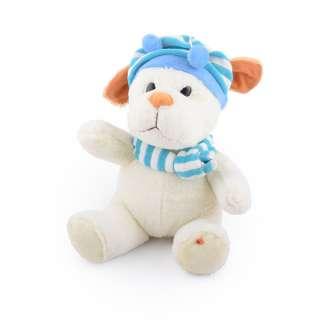 Мягкая игрушка собачка в полосатой голубой шапке с шарфиком 25 см молочная оптом
