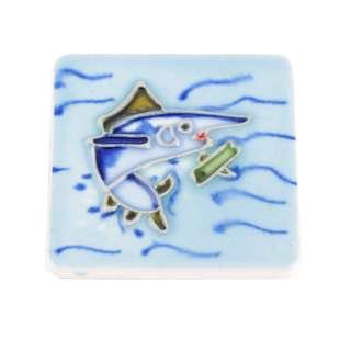 Магнит сувенирный керамика глазурь 6 х 6 см акула в море оптом