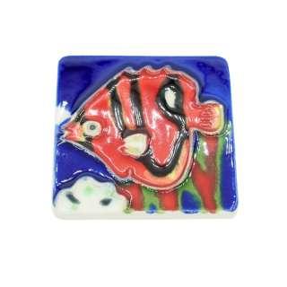 Магнит сувенирный керамика глазурь 6 х 6 см рыба дискус красно-черная оптом