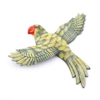Магнит на холодильник Попугай 13х11см пестрый с пестрыми крыльями оптом
