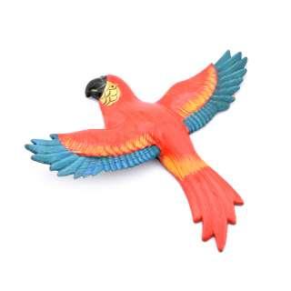 Магнит на холодильник Попугай 13х11см красный с синими крыльями оптом