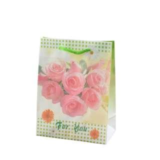 Пакет подарунковий 16х12х6 см в клітинку зелену з трояндами білий оптом