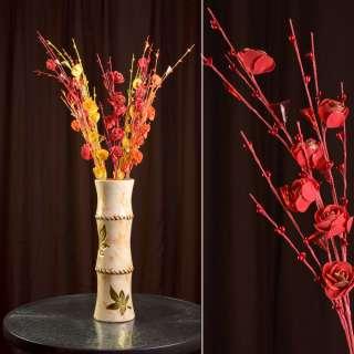 Штучна гілочка 80 см з трояндочками і скляними листами червона оптом