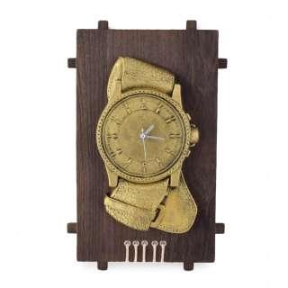 Часы настенные на деревянной основе 36x21см Часы золотистые оптом