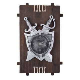 Часы настенные на деревянной основе 36x21см Щит и мечи оптом