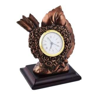 Часы настольные сердце со стрелой 13х10,5х7,5 см под бронзу оптом