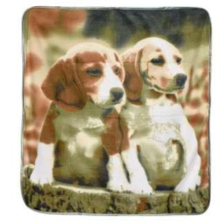 Плед флисовый 110х110 см с двумя щенками болотно-бежевый оптом